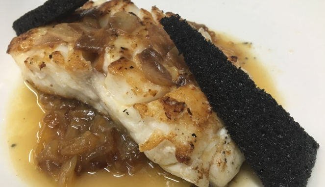 skrei-al-horno-con-su-refrito-de-ajos-by-domingo-urosa_top_regular
