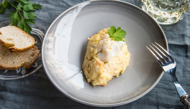 tapa-de-ensaladilla-de-bacalao-skrei-by-david-delgado_top_regular